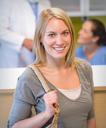 Vida Dental | Dental Implants, Invisalign, Cosmetic Makeovers